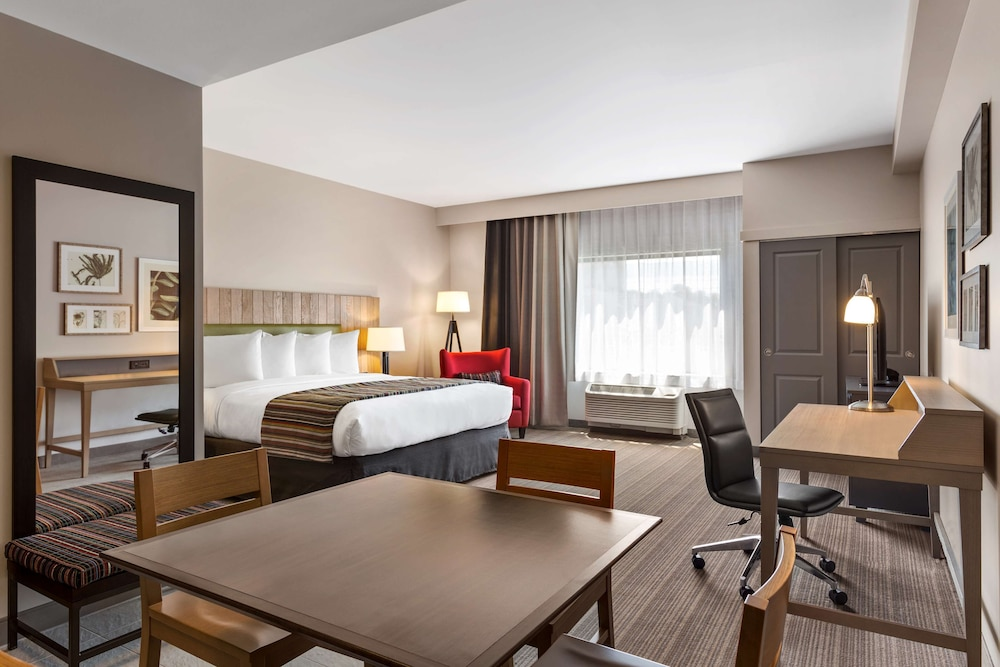 Room, Country Inn & Suites by Radisson, Smithfield-Selma, NC
