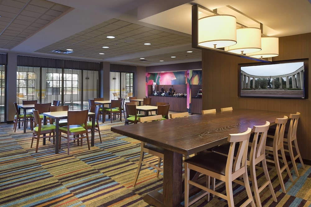 Restaurant, Fairfield Inn & Suites by Marriott Atlanta Buford/Mall of Georgia