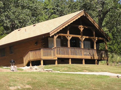 Check Expedia for Availability of Mill Creek Resort on Table Rock Lake