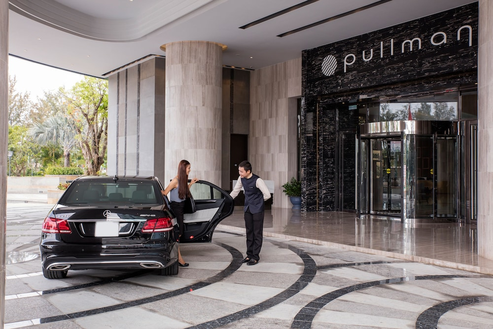 Property Entrance, Pullman Vung Tau