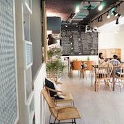 ニーハオ カフェ ホテル