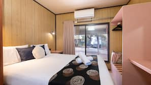 WiFi, bed sheets, wheelchair access