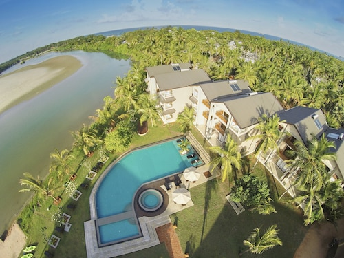 Best 5 Star Hotels Trincomalee 5 Star Hotels In Trincomalee From