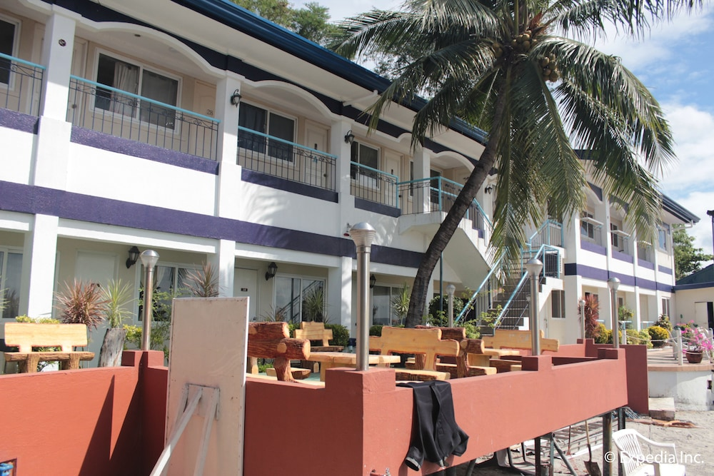 Exterior, Blue Rock Beach Resort