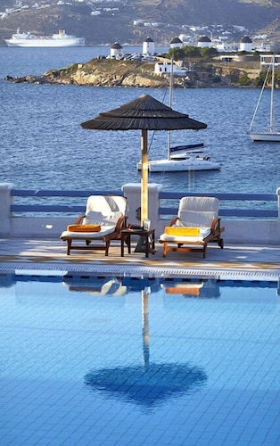 Pool, Grand Beach Mykonos