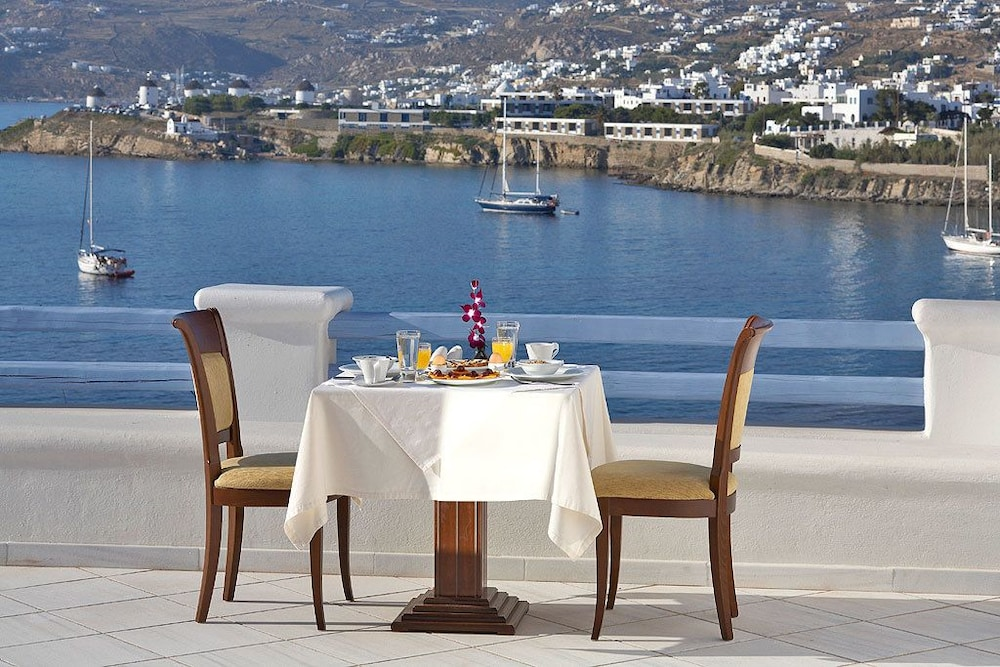 Outdoor Dining, Grand Beach Mykonos