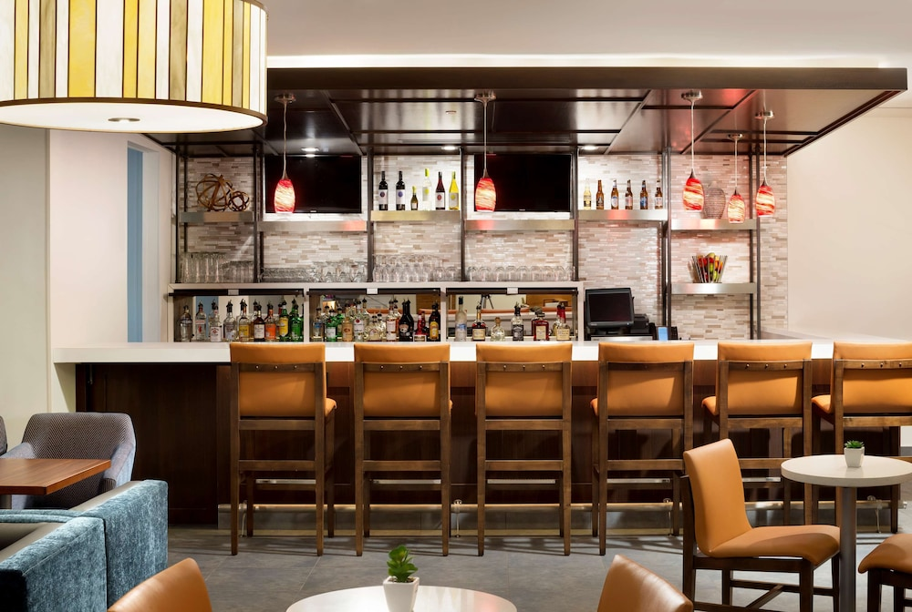 Bar, Hyatt House Dallas/Frisco