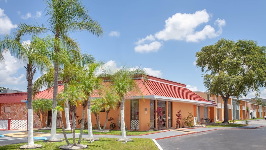 Stayable Suites Kissimmee