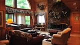 Horton Creek Inn Bed and Breakfast - Charlevoix Hotels