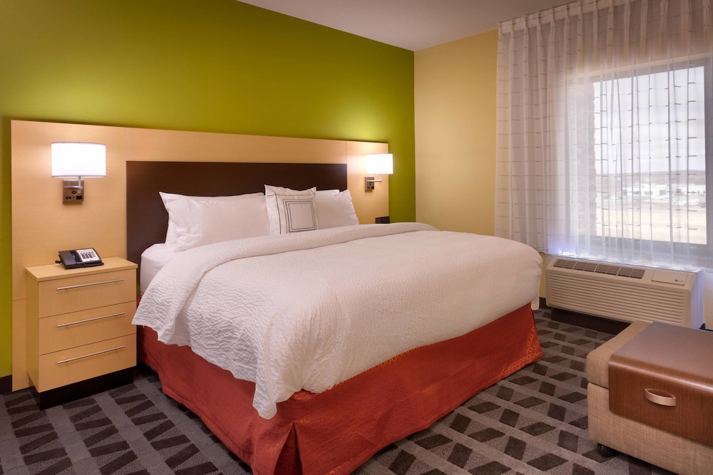 Room, TownePlace Suites by Marriott Dickinson