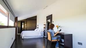 Premium bedding, desk, soundproofing, cribs/infant beds