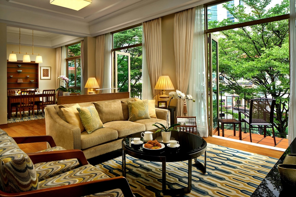 Living Area, Treetops Executive Residences