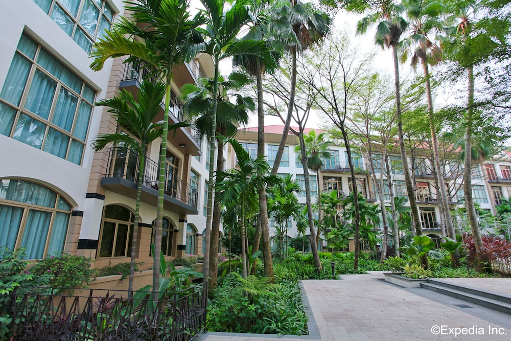 Property Grounds, Treetops Executive Residences