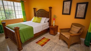 3 bedrooms, iron/ironing board, rollaway beds, free WiFi
