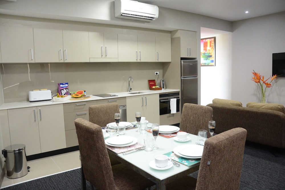 Private Kitchen, Ratsun Nadi Airport Apartment Hotel