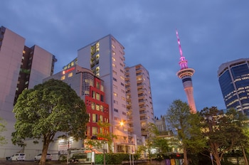 Ramada Suites Auckland, Federal Street