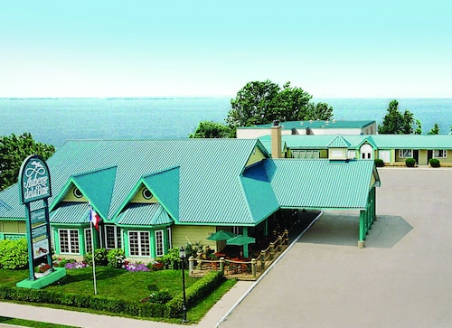 Great Place to stay Auberge de la Baie near Caraquet