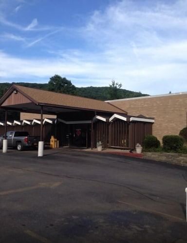 Great Place to stay Motel 88 near Oneonta