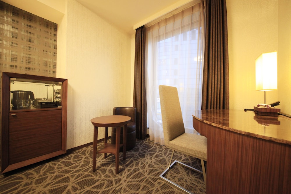 In-Room Business Center, Richmond Hotel Premier Tokyo Oshiage