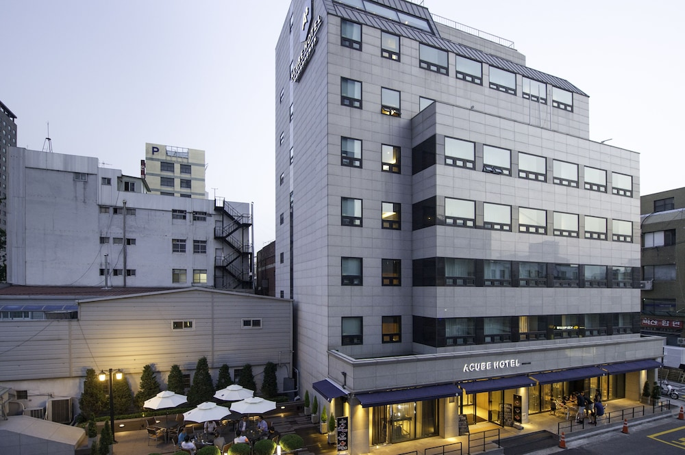 Image result for 亞庫比飯店 Acube Hotel