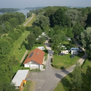 Camping & Pension Au an der Donau