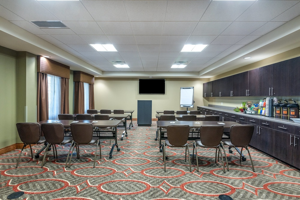 Meeting Facility, Staybridge Suites Eau Claire - Altoona, an IHG Hotel