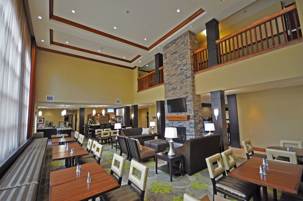 Breakfast Meal, Staybridge Suites Eau Claire - Altoona, an IHG Hotel