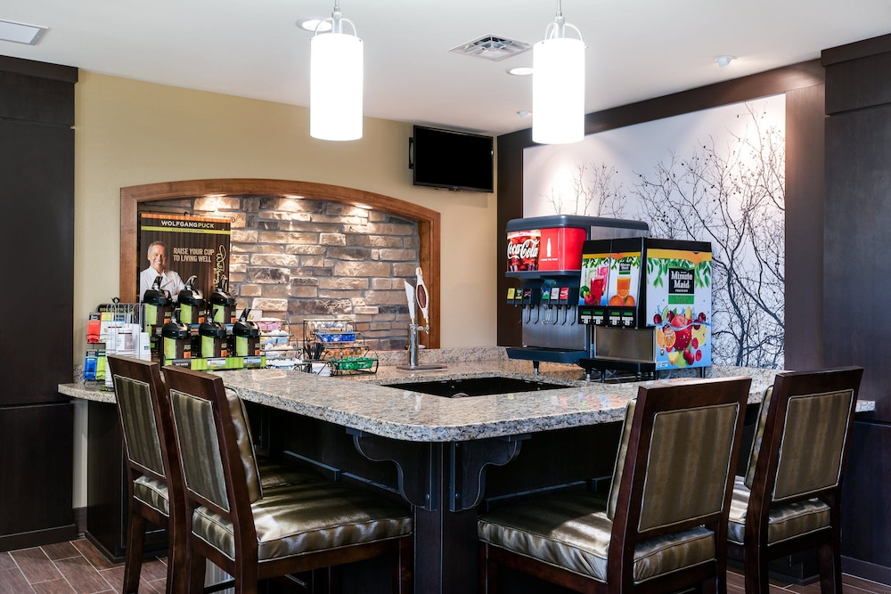 Restaurant, Staybridge Suites Eau Claire - Altoona, an IHG Hotel