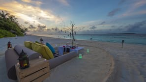 Private beach, white sand, free beach shuttle, sun-loungers