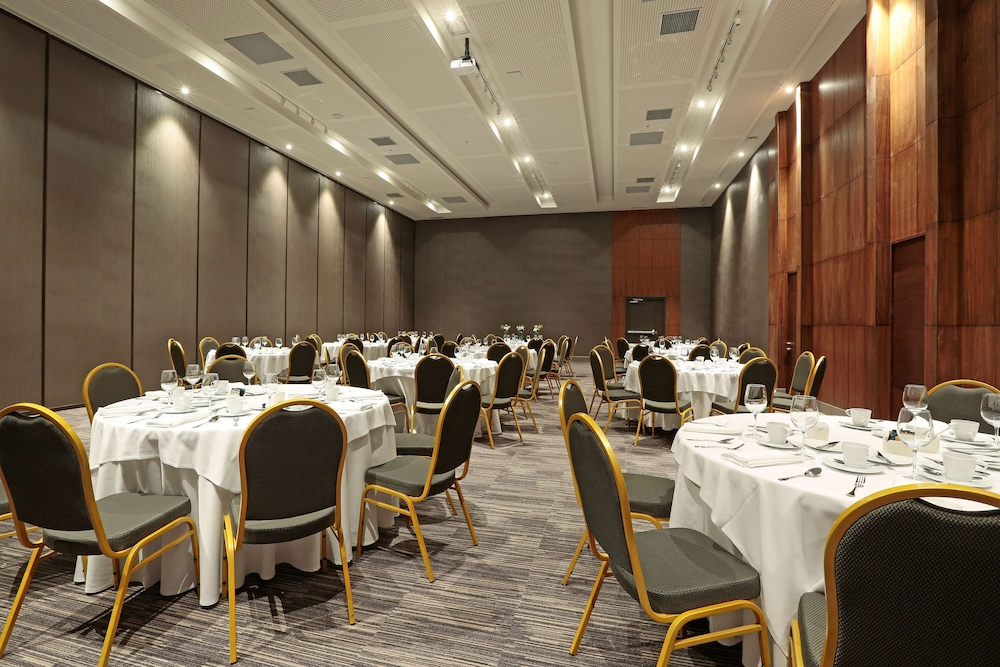 Meeting Facility, DoubleTree by Hilton Santiago Kennedy