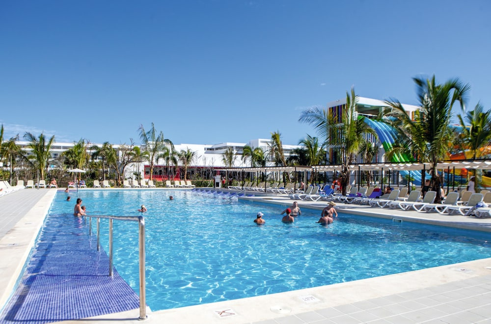 Outdoor Pool, Riu Republica - Adults only - All Inclusive