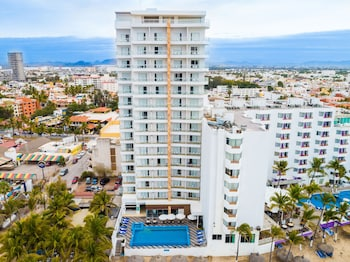 Pacific Palace Beach Tower Hotel