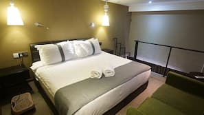 Premium bedding, iron/ironing board, free WiFi, bed sheets