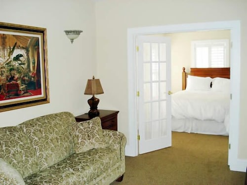 Room, The Jefferson Inn