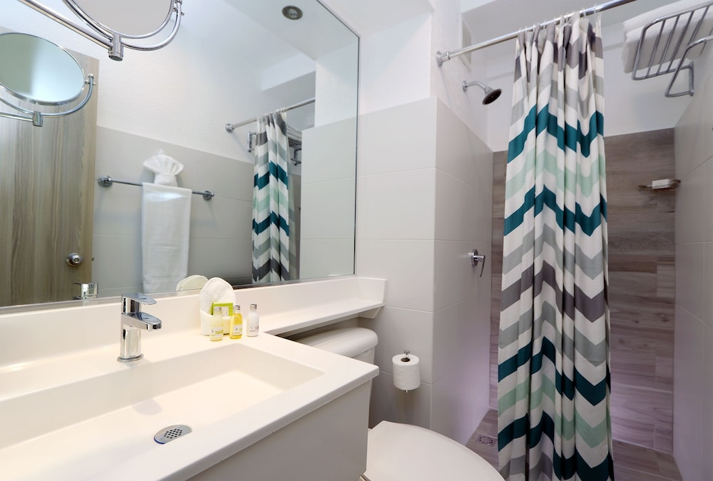 Bathroom, The Wave Hotel at Condado