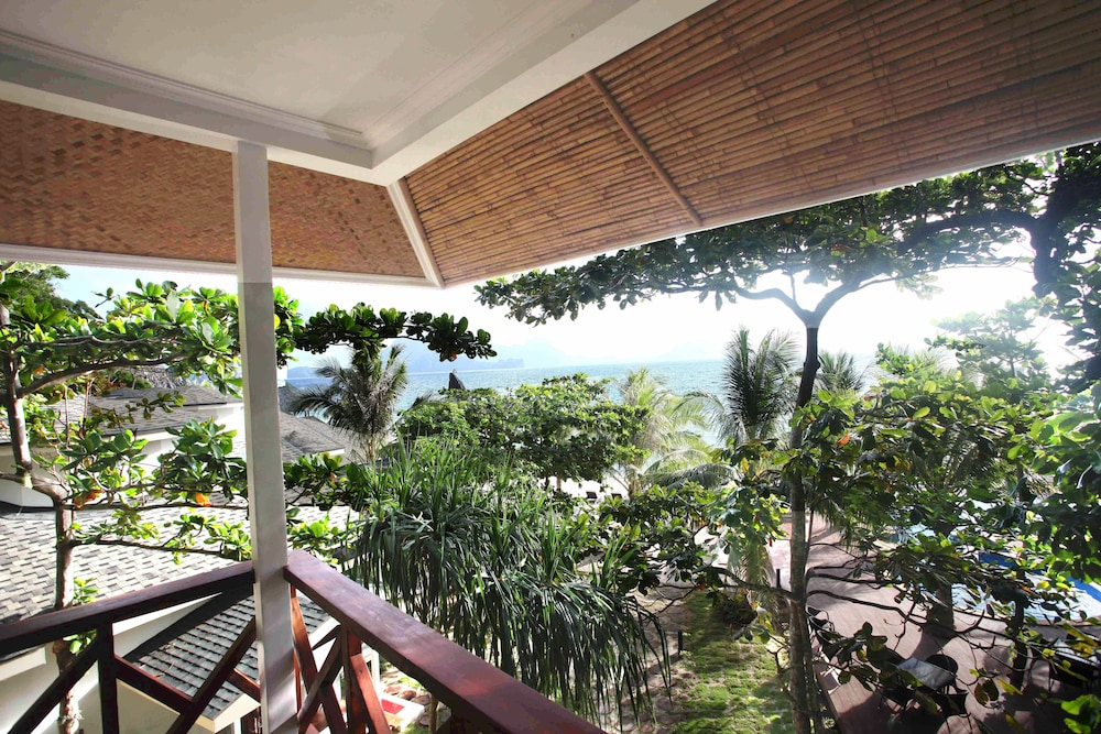 Balcony View, Matinloc Resort