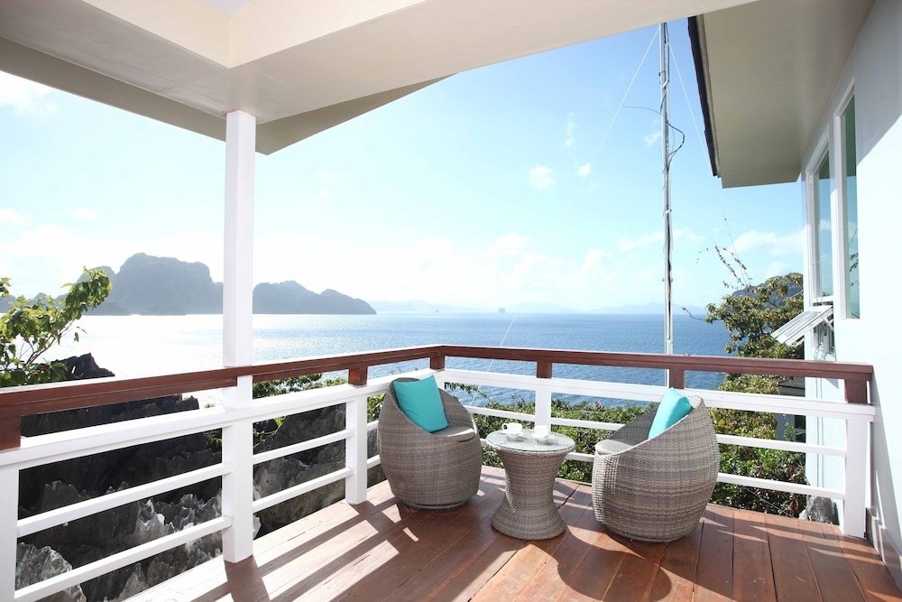 Balcony, Matinloc Resort