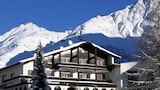 Pension Neururer - Soelden Hotels