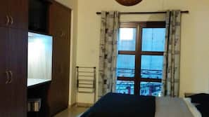 책상, 다리미/다리미판, 유아용 침대, 무료 WiFi