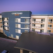 Courtyard by Marriott Dallas Midlothian-Midlothian Conf Ctr