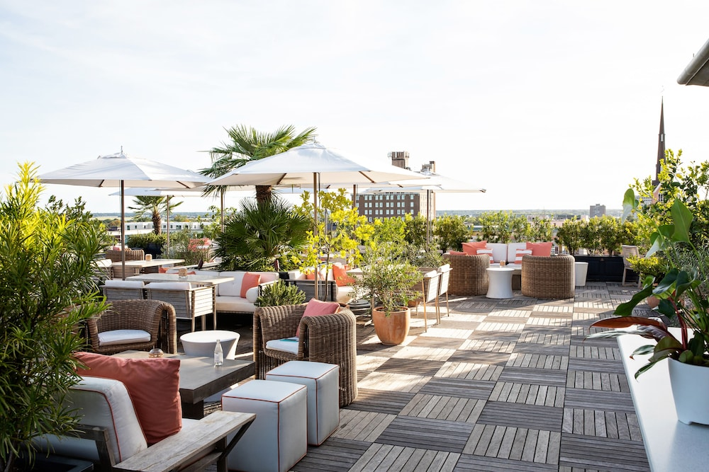 Terrace/Patio, The Dewberry Charleston