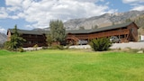 Corral Creek Resort - Kernville Hotels