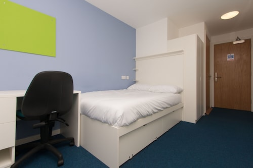 Destiny Student - Murano (Campus Accommodation)