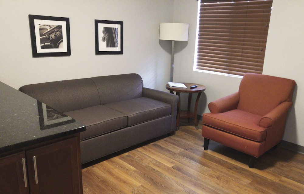 Living Area, Affordable Suites of America Portage