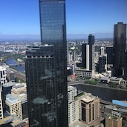 Melbourne SkyHigh Apartments