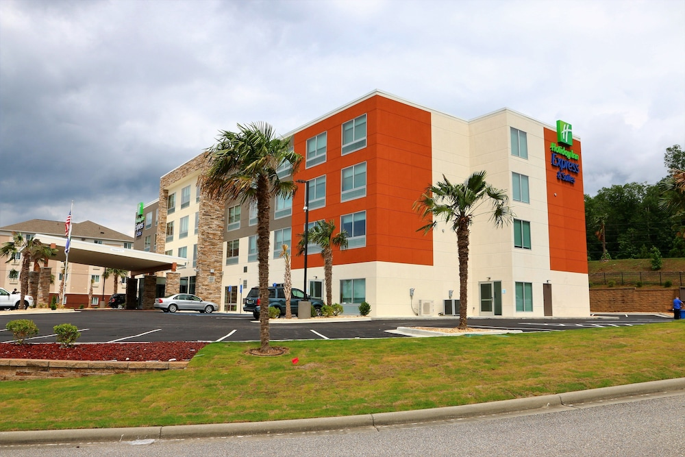 Exterior, Holiday Inn Express & Suites Alabaster, an IHG Hotel