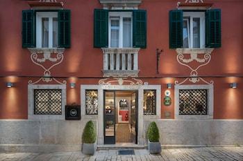 Heritage Angelo d'Oro Hotel