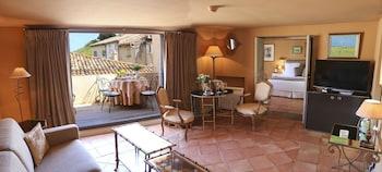 5 rue des Remparts, Saint-Tropez, 83990, France.