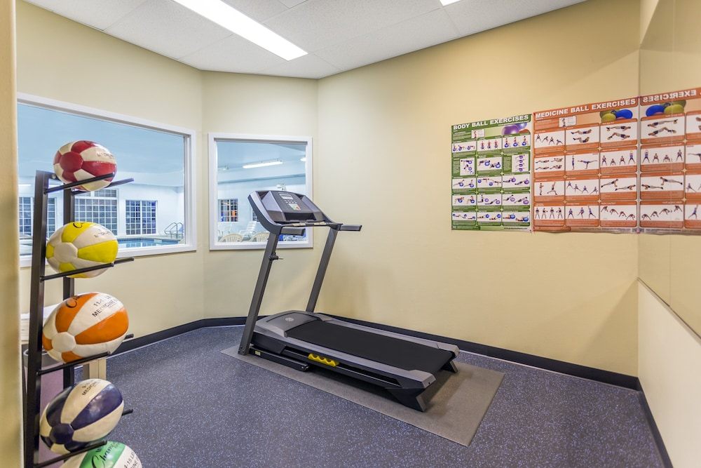 Gym, SilverStone Inn & Suites Spokane Valley
