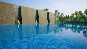 Outdoor pool, open 6:30 AM to 10 PM, sun loungers